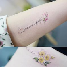 : lettering +   .  .  #tattooistbanul #tattoo #tattooing  #lettering #flower #flowertattoo  #타투이스트바늘 #타투 #꽃타투 #꽃 #레터링