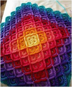 Crochet Stitches Ideas Shells Perfect Harmony Rainbow Crochet Blanket [Free Pattern] - Get The Pattern Here: Shells and the Box Stitch - Crochet Blanket x Free Pattern] Crochet Stitches Free, Mode Crochet, Crochet Shell Stitch, Crochet Motifs, Crochet Squares, Free Crochet Blanket Patterns, Pillow Patterns, Crochet Square Patterns, Crotchet Patterns