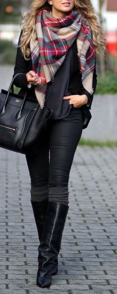 #fall #fashion / all black + tartan scarf