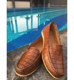 Shop online for Crocodile leather Loafers!! at best price. Buy Crocodile leather Loafers!! and get 18.92% Discount by Jutte on Kraftly.