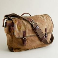 The Men's Leather Messenger Bag