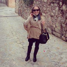 Y debajo del abrigo muchas capas jaja, había que hacer frente al frío ❄️❄️ #ideassoneventos #imagenpersonal #imagen #moda #ropa #looks #vestir #wearingtoday #hoyllevo #fashion #outfit #ootd #style #tendencias #fashionblogger #personalshopper #blogger #me #lookoftheday #streetstyle #outfitofday #blogsdemoda #instafashion #instastyle #currentlywearing #clothes #plumífero #marrón #negro #beige