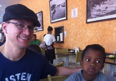 Menino negro é expulso da frente de loja na Oscar Freire, em SP