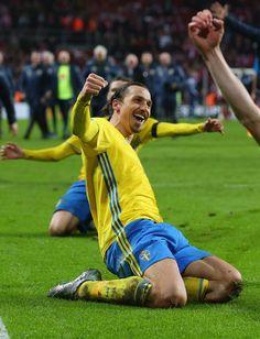 Zlatan Ibrahimovic Photos - Denmark v Sweden - UEFA EURO 2016 Qualifier: Play-Off Second Leg - Zimbio
