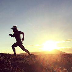 Skyrunning morningrun sunrise mountain nature fast running