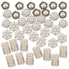 40 Assorted Crystal Flower Buttons Pearl Flatback For Wedding Crafts Decor & Garden How To Make Hair, How To Make Bows, Work Hairstyles, Wedding Hairstyles, Bow Tie Hair, Pinwheel Bow, Craft Wedding, Wedding Decor, Hair Grips