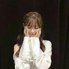 g idle 💕 Kpop Girl Groups, Korean Girl Groups, Kpop Girls, K Pop, Divas, Rapper, Soo Jin, Pretty Asian, Soyeon