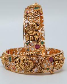 Gold Bangles Design, Gold Earrings Designs, Jewelry Design, Gold Designs, Necklace Designs, Gold Temple Jewellery, Gold Jewelry, Gold Necklace, Bangle Bracelets