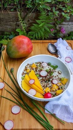 Lentil salad with rice and mango | Tera Solara