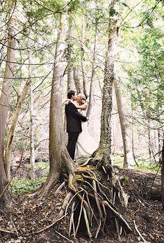 forest-wedding-photo-idea.jpg