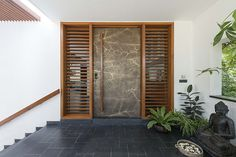 Wooden main door ent
