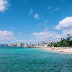 A local's guide to the best Oahu itinerary. The top 10 things to add to your Hawaii itinerary including the best beaches, hikes, restaurants, and more! Hawaii Honeymoon, Aloha Hawaii, Hawaii Vacation, Cruise Vacation, Hawaii Travel, Vacation Trips, Vacations, Hawaii 2017, Hawaii Information