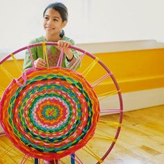 Poppytalk - how to weave using a hula hoop