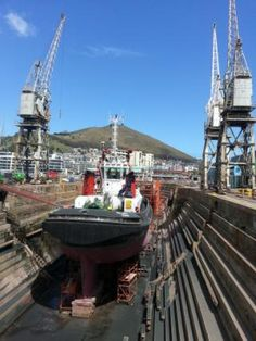 Dry dock with cranes, Cape Town photo 20131016_114246.jpg