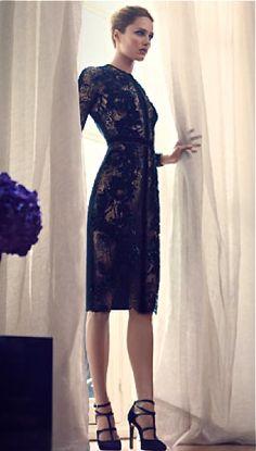 Elie Saab Little Black Dress Passion For Fashion, Love Fashion, High Fashion, Fashion Beauty, Formal Fashion, Fashion Hair, Fashion Ideas, Fashion Trends, Elie Saab