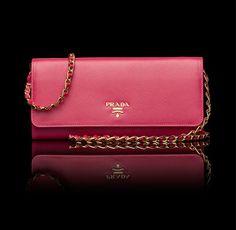 ✔️ GOT IT ♥️| Prada wallet on chain. Peony pink