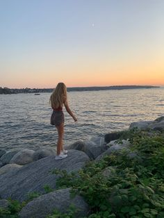 Summer Feeling, Summer Vibes, Teen Beach, Beach Day, Hawaii, Summer Goals, How To Pose, Summer Aesthetic, Summer Pictures