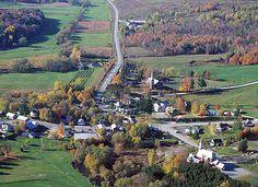 Vue aérienne sur le magnifique village de Frelighsburg, Quebec