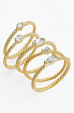 pretty gold stacking rings http://rstyle.me/n/t87grr9te