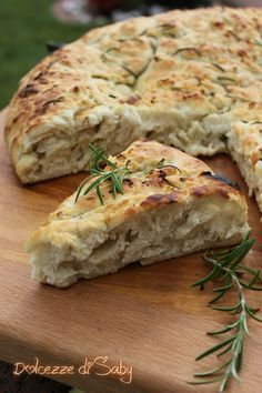 Pizza recipes - Pan focaccia al rosmarino – Pizza recipes Pizza Recipes, Bread Recipes, Vegan Recipes, Cooking Recipes, Focaccia Pizza, Pan Relleno, Soul Food, My Favorite Food, I Foods