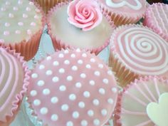 Vintage Flair Cakes | Bespoke Cakes made for Weddings, Christenings, Baby Showers, Birthdays and Other Special Events