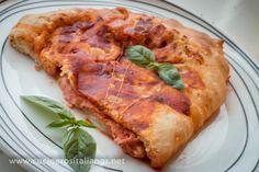 Pizza Calzone Napolitano, Receta de Pizza Italiana Casera - Cocineros It...