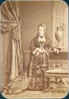 Dona Tereza Cristina , Imperatriz do Brasil, nee, Princesa das Duas Sicilias c.1887.