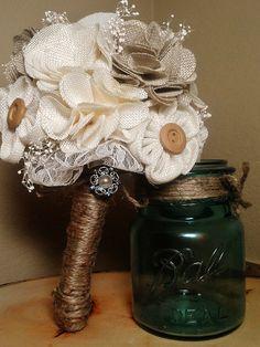 rustic wedding bouquets w burlap