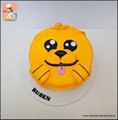 Batman Y Superman, Tweety, Pikachu, Fictional Characters, Fondant Cakes, Birthday Cake, Fantasy Characters