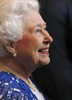 Queen Elizabeth ll attends a Northern Ireland-themed reception at Windsor Castle on in Windsor, UK. Beautiful Lady and Beautiful Queen. Hm The Queen, Royal Queen, Her Majesty The Queen, Save The Queen, Queen Liz, Prince Phillip, Prince Charles, Santa Lucia, James Park