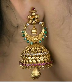 Jewelry For Sale Online Key: 1669339953 Gold Jhumka Earrings, Indian Jewelry Earrings, Antique Earrings, India Jewelry, Big Earrings, Antique Jewelry, Pearl Earrings, Gold Temple Jewellery, Gold Jewellery Design