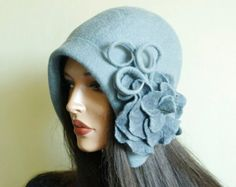 Gray hat Gray cap Grey hat Felted hat with brooch Great Gatsby hat Wet Felting Projects, Gatsby Hat, Grey Hat, Fancy Hats, Fascinator Hats, Cloche Hat, Felt Hat, Hat Making, Hair Dos