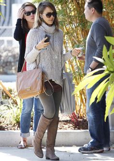 Jessica Alba- cute fall outfit. How can she possibly always look cute?