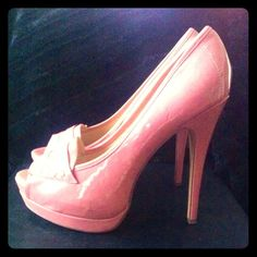 Patent Leather Blush Pink platform peep-toe heels Brand New! worn only once- CLOSET CLEAR-OUT Patent Leather Blush Pink platform peep-toe 5-1/2 inch heels / 1/2 in platform in front. shoedazzle Shoes Heels