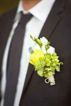 Groom boutonniere Бутоньерка жениха