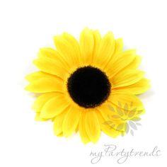 Ansteckblume 'sunny', Sonnenblume, Haarblume von Boutique für wundervolle Accessoires zum Liebhaben! auf DaWanda.com