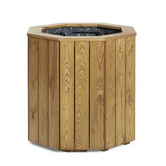 The Plympton Wooden Planter is a tall and versatile design. A wide range of sizes are available.