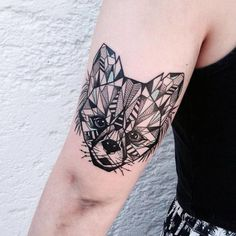 Geometric Tattoos by Jessica Kinzer - UltraLinx