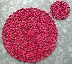 Lacy Crochet Placemat by Claire from CrochetLeaf.com