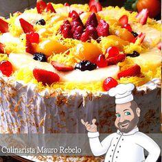Bolo de Frutas de Festa ( Mauro Rebelo )  (postado 07/agosto/2008 no blog Culinária-Receitas  e tranferido para este meu novo blog)   Ol...