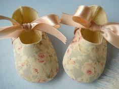 Precioso bebé botines zapatos con lazos de por preciouspatterns