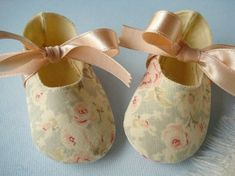 Precious Baby Booties  Shoes with Ribbon Ties  by preciouspatterns