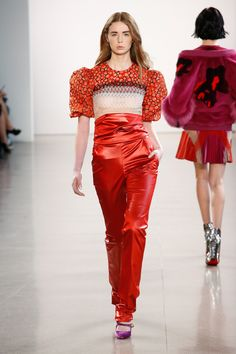 The complete Bibhu Mohapatra Fall 2018 Ready-to-Wear fashion show now on  Vogue Runway. e369ede36047