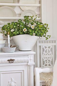 VIBEKE DESIGN: Vakkert, gammelt & hvitt !