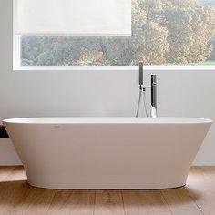 Slim: Krion® Bathtub,Bathtubs,Krion® Bathtubs Bathroom Renos, Small Bathroom, Master Bathroom, Cast Iron Bath, Copper Bath, Plumbing Tools, Marble Bath, Tile Saw, Hospitality Design