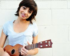 Can't believe it took me this long to pin my favorite ukulele player Kate Micucci to the board!