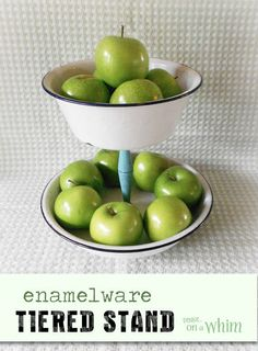 DIY fruit storage made from enamelware. How cool is this?! And if you have two bowls and a candlestick on hand already, it couldn't be easier to make :) See how she did it!