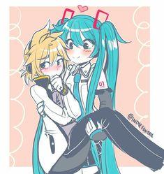 sksksskskskskfbbf i feel attacked, have a cute Len and Miku Kaito, Hatsune Miku Vocaloid, Otp, Chibi, Kaai Yuki, Anime Watch, Mikuo, Lift And Carry, Anime Comics