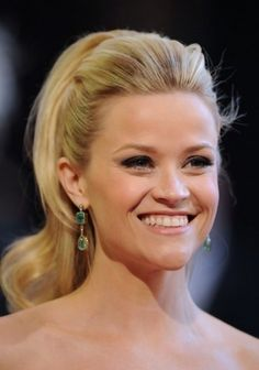 Variety of Reese Witherspoon Retro Half Up Half Down Hairstyle hairstyle ideas and hairstyle options. If you are looking for Reese Witherspoon Retro Half Up Half Down Hairstyle hairstyles examples, take a look. Slicked Back Ponytail, Half Ponytail, High Ponytails, Retro Ponytail, Perfect Ponytail, Bride Hairstyles, Ponytail Hairstyles, Down Hairstyles, Pretty Hairstyles