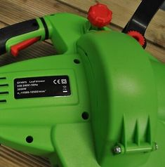 Leaf Blower Mulcher and Vacuum 3000 Watt Electric Garden Vac with 2 Bags Hoover Vacuum, Vacuum Bags, Leaf Blower, Grasses, Retail Packaging, Vacuums, Outdoor Power Equipment, Garden Tools, Electric